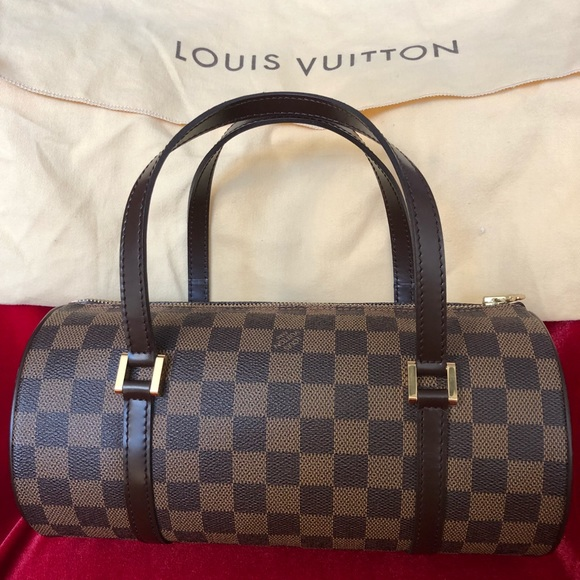 f0c07503018e Louis Vuitton Handbags - EUC Louis Vuitton Papillon 26 Damier Ebene